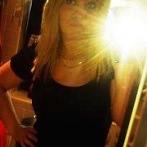 Julia Ist So's avatar