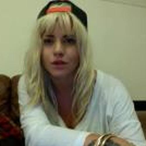 Chelsie Rose's avatar