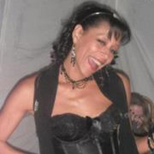 Joanna Lagey's avatar