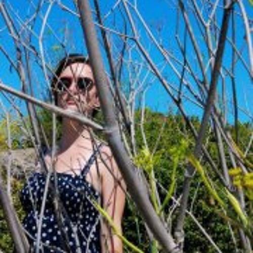 Emily Harris 13's avatar