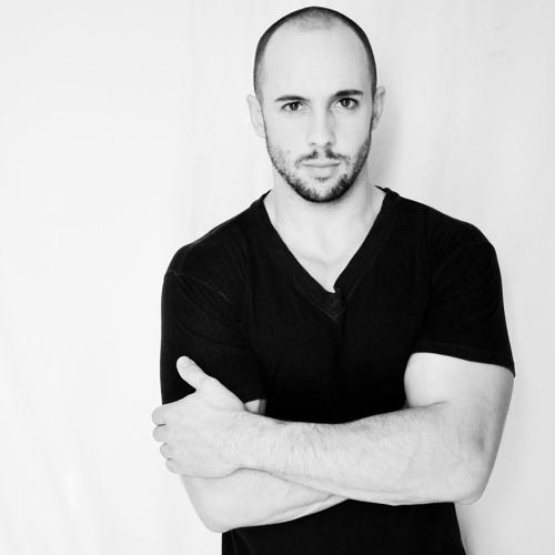 Roberto Dos Anjos's avatar