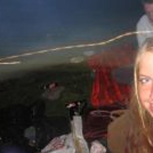 Kirsten Thompson 3's avatar