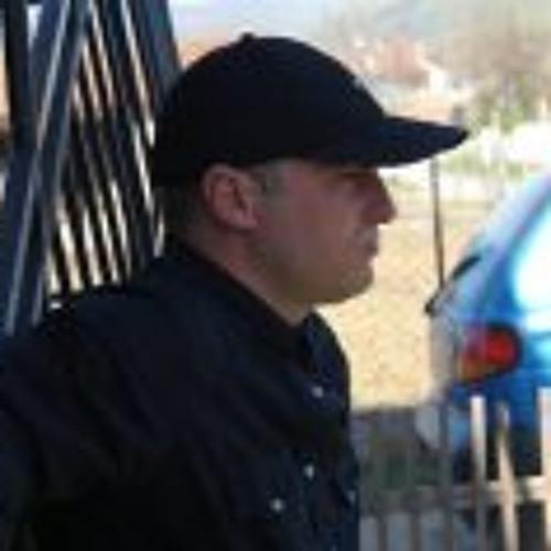 Toni Golubov's avatar