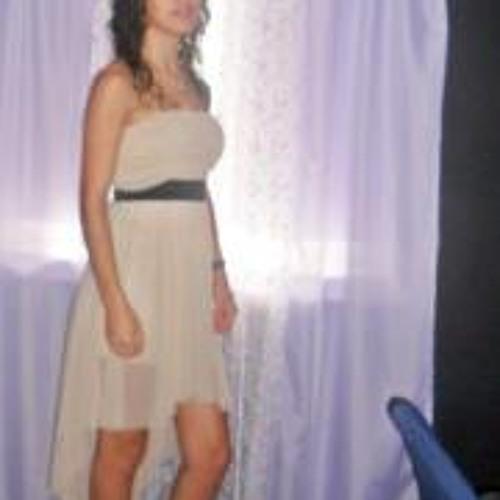 Elisabete Melo 2's avatar