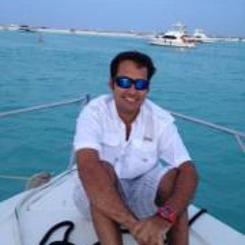 Luigi Nuzzo Hernandez's avatar