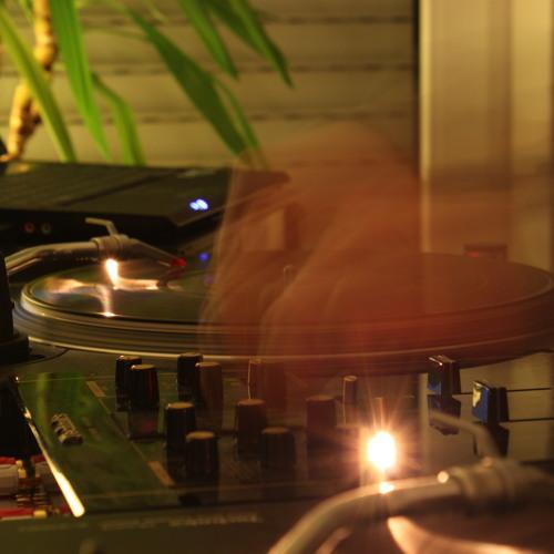 DJ Diffrent's avatar