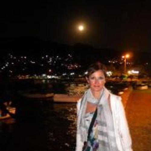 Francesca Chelo's avatar