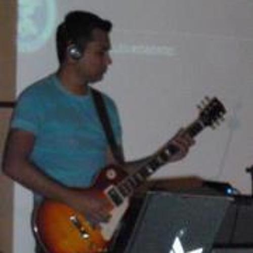 Adonai Queiroz's avatar