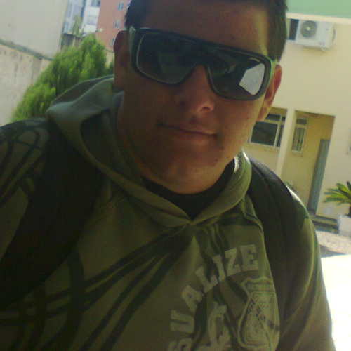 Demetrius Bela Cruz's avatar