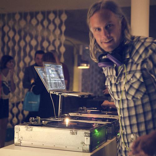DJ Kiino Villand's avatar