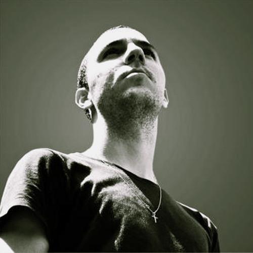 Riviera_music's avatar
