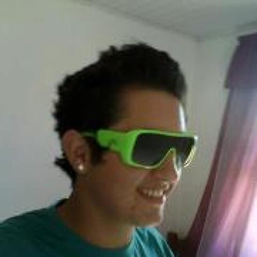 Andre Bruno's avatar