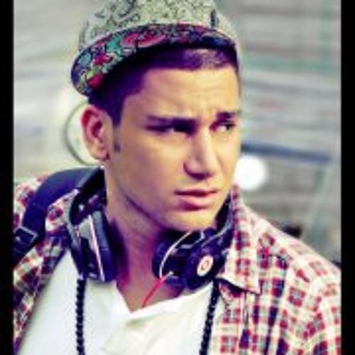 Mix Mehrad's avatar