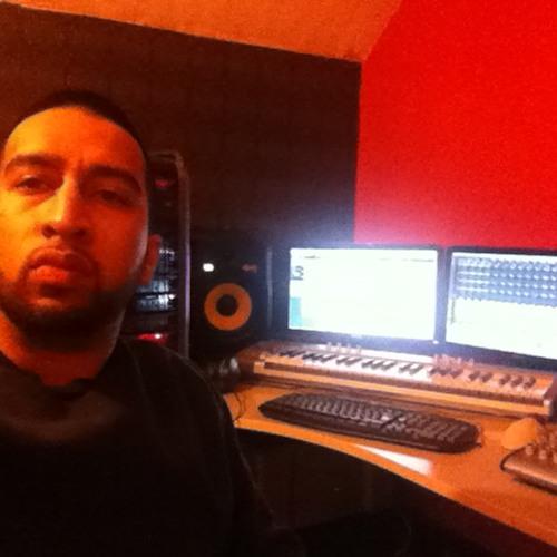 Aris Shah's avatar