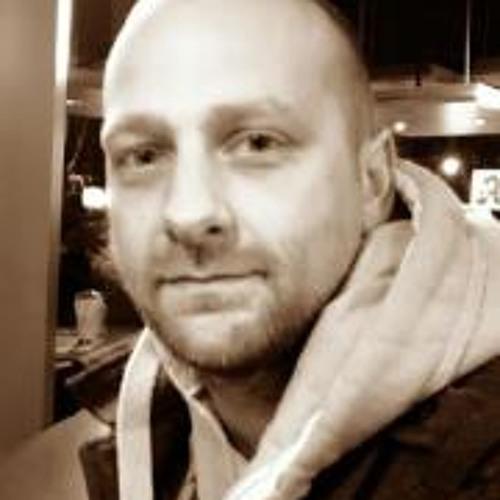 Frank Hentrich's avatar