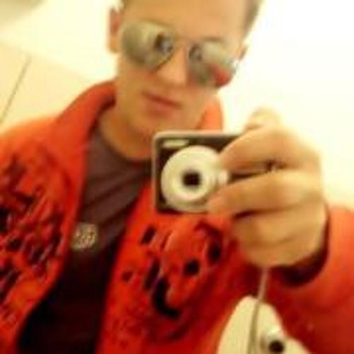 Willian C. Camara's avatar
