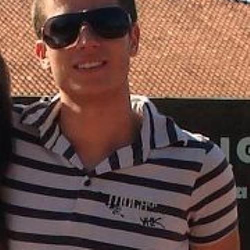 Lucas Haas's avatar
