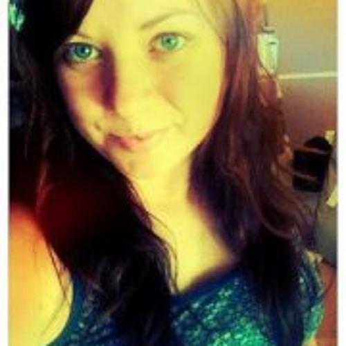Becky Lynn McCarter's avatar