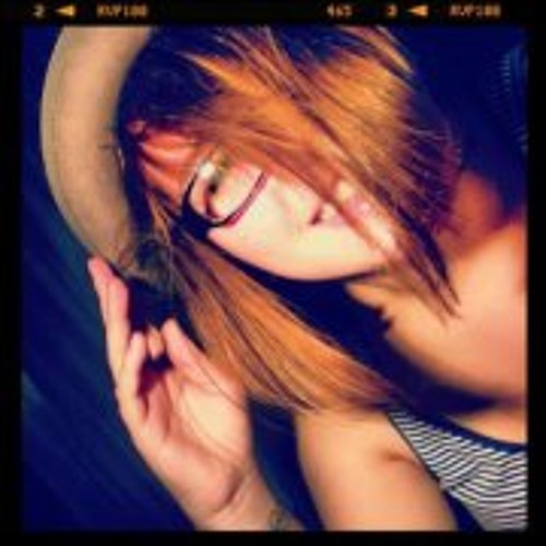 Laureen Ybert's avatar
