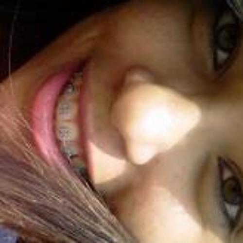 Byanca Ribeiro's avatar