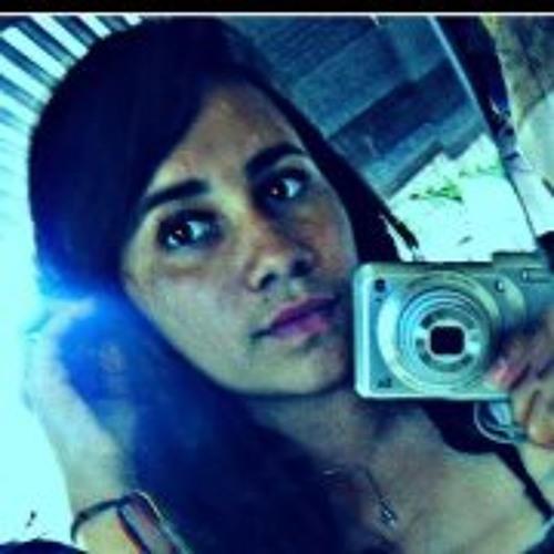 Aleja Miranda's avatar
