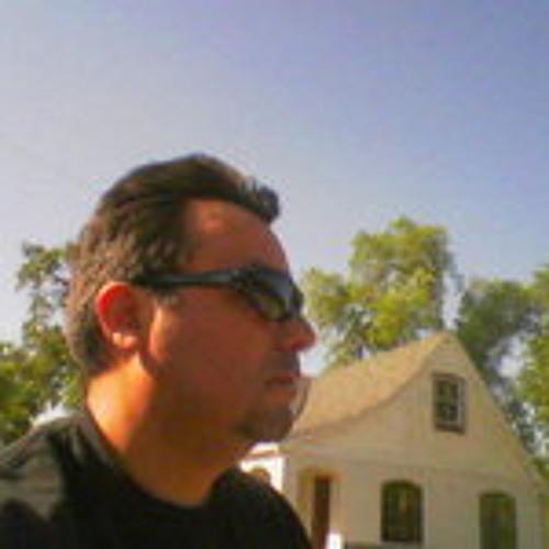 JuanJo G Marin's avatar