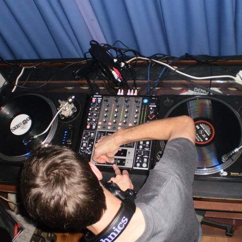 DJ CLULIS  HIPHOP MIX 2009..1 mps