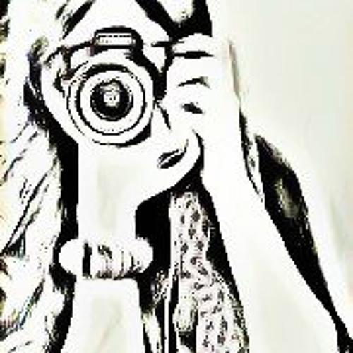 Mehwish Qureshi's avatar