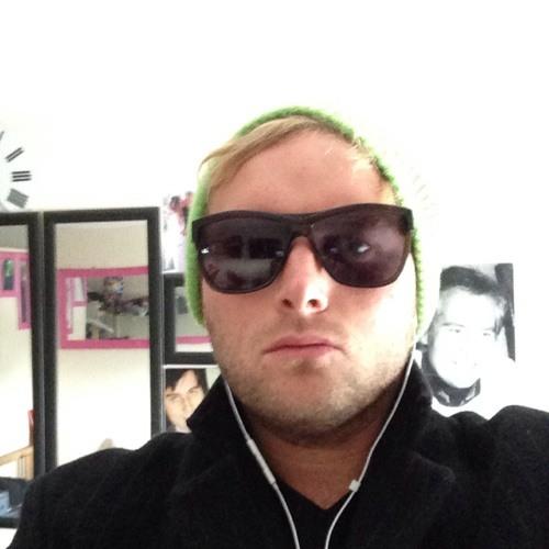 badboycasey@hotmail.com's avatar