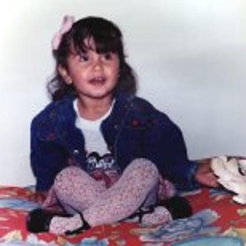 Mônica Martins 2's avatar