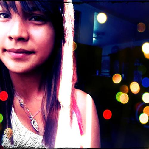 *LovelyLilah<3*'s avatar