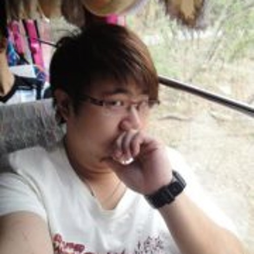 Lee Wee Hau's avatar