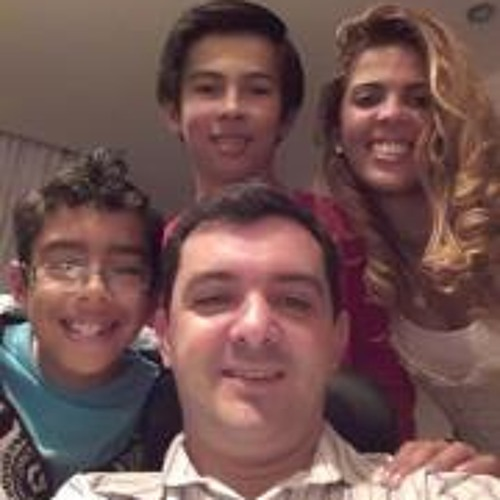 Roni Couto's avatar