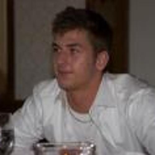 Lucas Bt's avatar