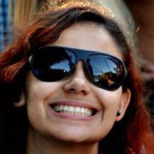 Camila Oliveira 40's avatar