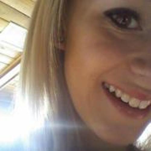 Becca Lynn 5's avatar
