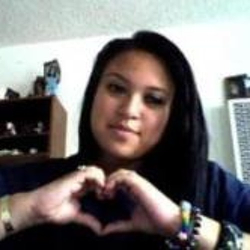 Tania Sanchez 10's avatar
