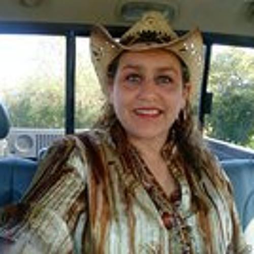 Esmeralda Escamilla's avatar