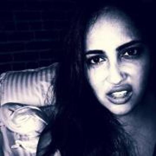 Tina Tanaz's avatar