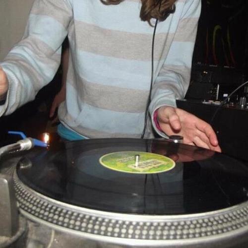 Eadie Bee (Audio Dubz)'s avatar