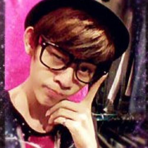 Aaron Choo's avatar