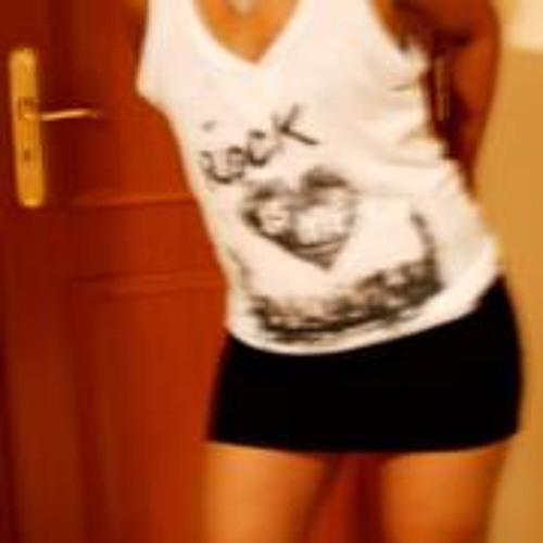 Mónica Lopes 5's avatar