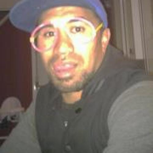 PERYES's avatar