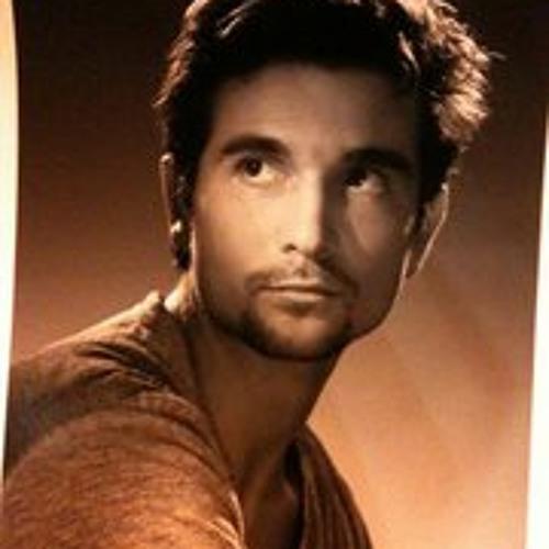 Sylvain V @L_Fotografo's avatar