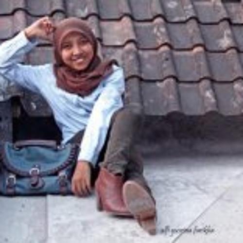 Alfi Yusrina's avatar