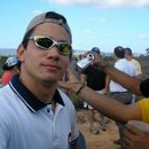 Luis Enrique Ramirez 8's avatar