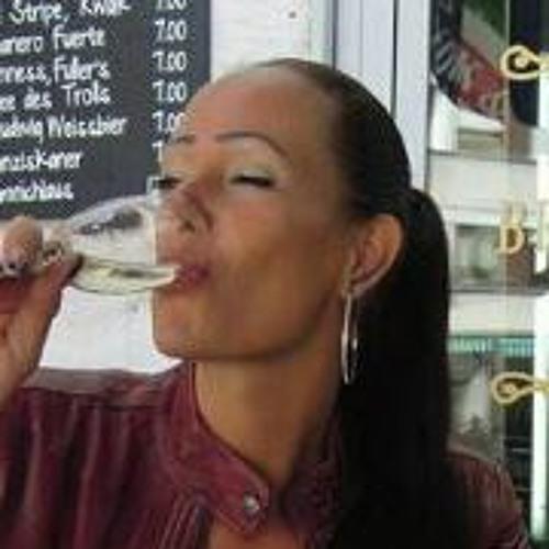 Manja Neumann 1's avatar