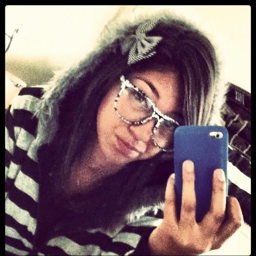 Lily Vazquez's avatar