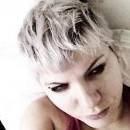 Hannah Moliere's avatar