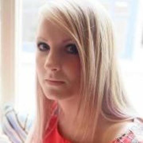 LucyCooper's avatar